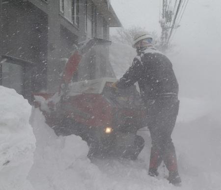 snowclearing2.jpg